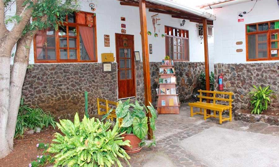 Hôtel Pimampiro, îles Galapagos, patio
