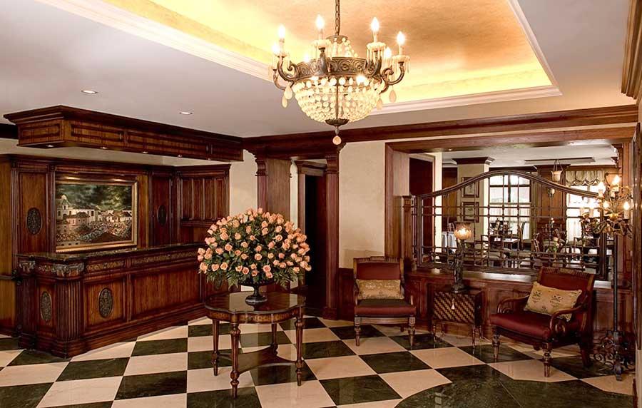 Hôtel Plaza Grande, Quito, accueil