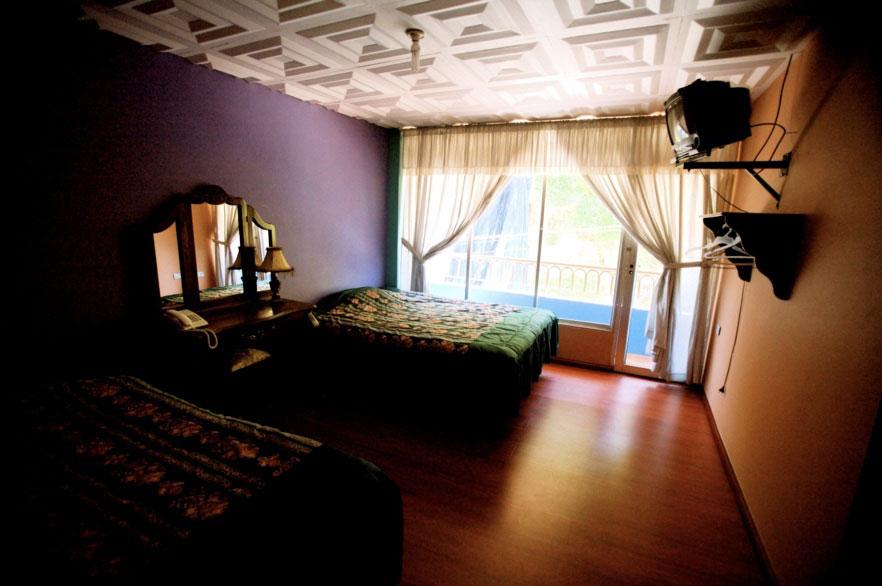 Hôtel Roland, Zaruma, chambre