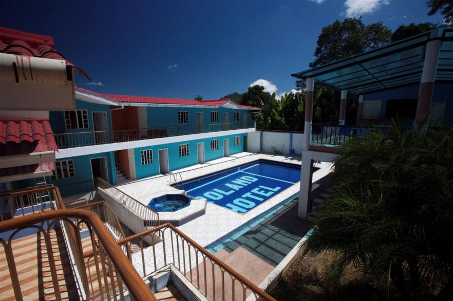 Hôtel Roland, Zaruma, piscine