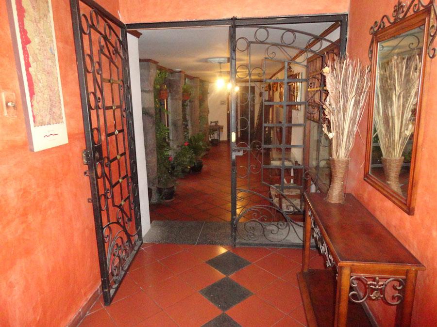 Hôtel San Francisco, Quito, entrée