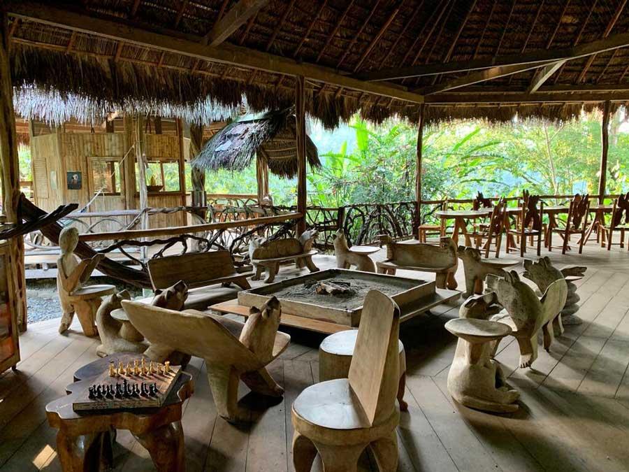 Liana Lodge, Equateur, salle