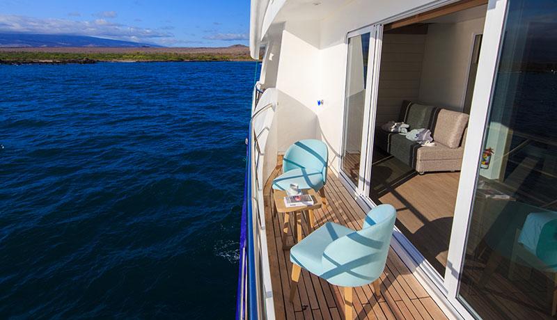 Catamaran Endemic, croisière de luxe aux Galapagos, balcon