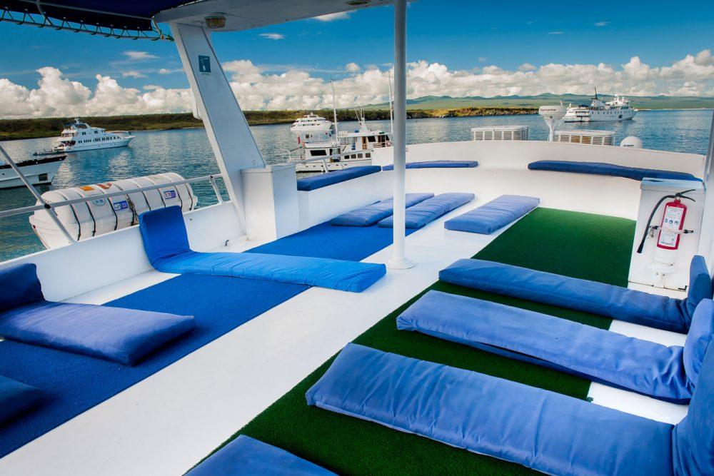 Croisière yacht Fragata aux Galapagos, pont supérieur