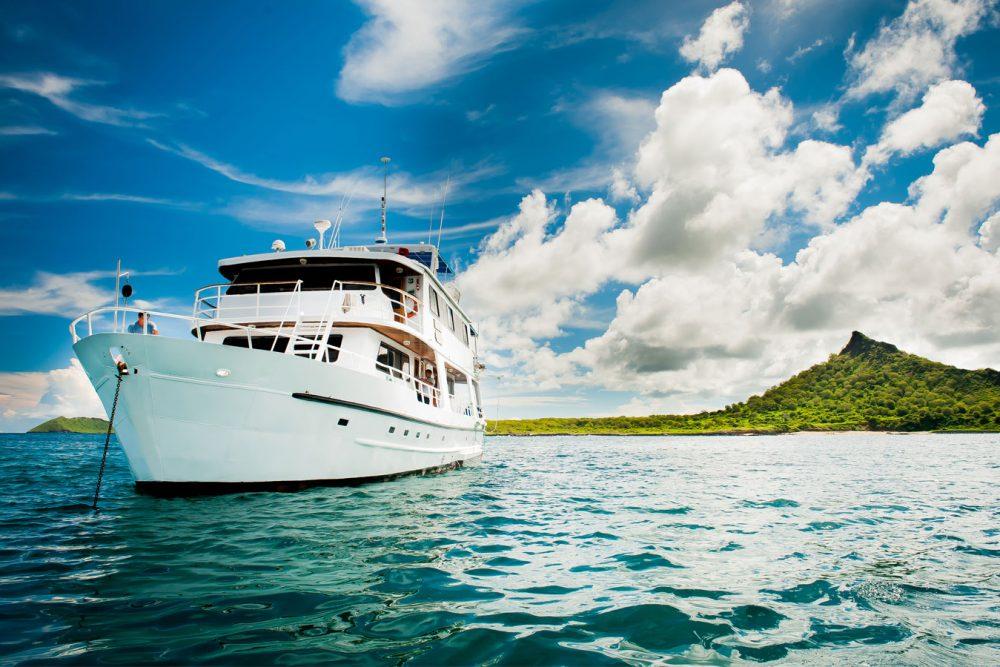 Croisière yacht Fragata aux Galapagos, vue extérieure